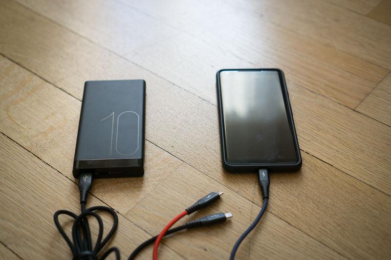 06_baterie externă Huawei AP09S încărcare