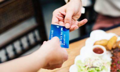 card cu credit oferit casierului