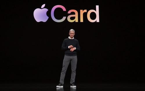 Apple Card si Tim Cook