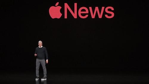 Apple News+ si Tim Cook