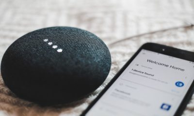 google home mini te asculta