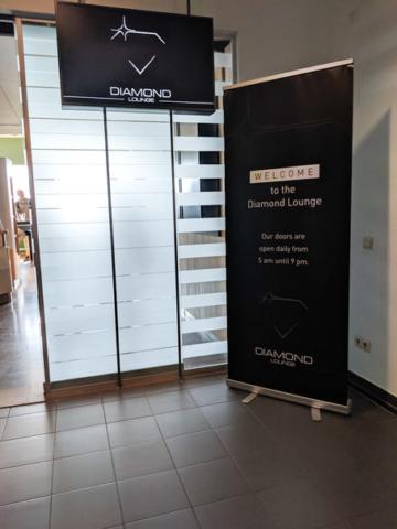 intrare la salonul business de la aeroportul Zaventem