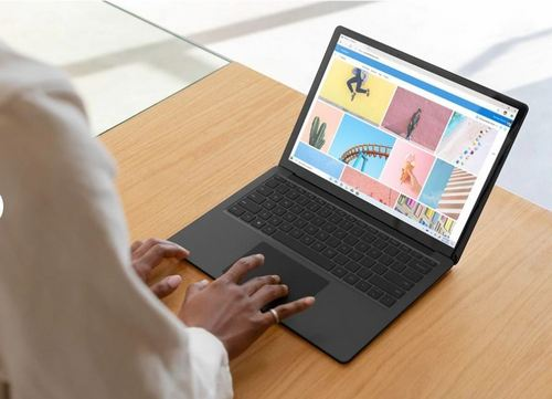 Surface laptop 3 side