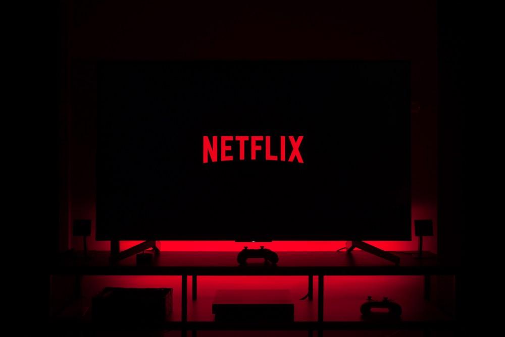 Cum să dezactivezi previews pe contul de Netflix
